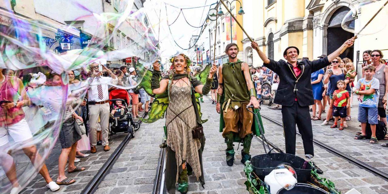Street performers flock to Linz for Pflasterspektakel